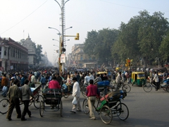 A view of the chaotic Delhi traffic