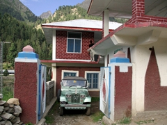 Our overnight lodgings in Naltar at the 4 View Hotel