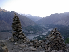 It was a 45 minute mad dash to reach Duikar sunset point from downtown Karimabad