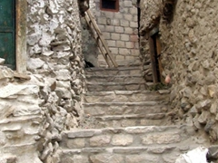 Quaint, narrow alleyways in old Karimabad