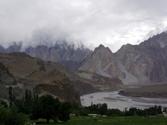 The following morning, we woke up early and drove out towards Passu Glacier