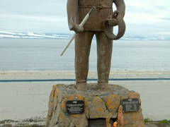 Memorial for all the fishermen who perished at sea; Ísafjörður cemetery