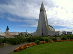 Exterior view of the largest church in Iceland, Hallgrímskirkja