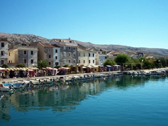Seaside houses, Pag