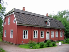 The preserved historical buildings are kept in remarkably good shape; Seurasaari Open Air Museum
