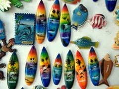 Maldives fridge magnets for sale; Dhigurah Island
