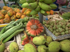 Colorful and exotic fruits for sale at Malé produce market