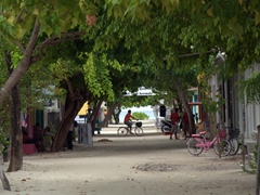 The relaxed main throughway of Dhigurah Island