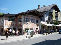 We weren't the only ones enjoying ourselves in this Garmish-Partenkirchen district of Bavaria...Oberammergau remains a popular tourist destination year round