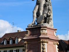 After relaxing in the town square for a few minutes, we strolled over to Ludwigsburg's famous sight, the Ludwigsburg Palace