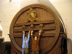 Becky & Jim are dwarfed by the enormous vat of wine; Heidelberg Castle