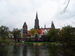 Ulm's massive munster (Lutheran Church) is the tallest church in the world with a steeple measuring 530 feet