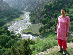 Becky dons a shalwar kameez while hiking around Birir valley