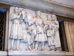Marble carvings of traditional scenes are common throughout the Moscow Metro