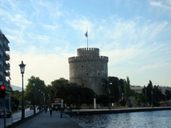 The White Tower of Thessaloniki is a monument/museum by the waterfront and it signifies Greek sovereignty over Macedonia