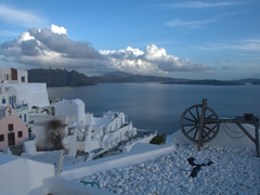 Another pretty scene in Oia