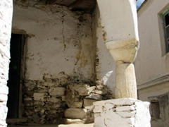 "This old building will look phenomenal after some simple renovations...truly a ""fixer upper"" project in Lefkes"