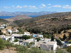 Even though Lefkes is 9 km inland from Parikia, it has fine views of the island's eastern coast