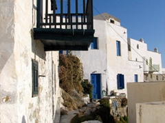 Exploring Hora's back alleyways is a real highlight of Serifos