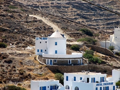 Blue and white are two extremely popular colors for Greek houses