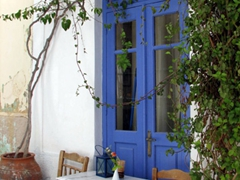What a romantic setting; Ano Syros