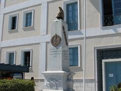 Syros has plenty of monuments honoring Greek heroes