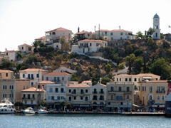 Poros Town is a handsome waterfront city separated from the mainland by a thin strait