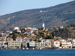 The lighting in the afternoon was perfect for a snapshot of Poros Town