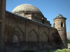 Exterior view of the madrassah (today it houses the excellent Hisor Fort Museum)