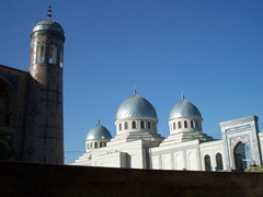 The Juma Mosque of Tashkent has been completely rebuilt, and three silver domes crown the old city hall. This is the 3rd largest Friday mosque in Uzbekistan; near Chorsu Bazaar