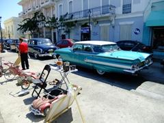 Guayama's antique car show