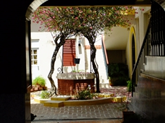 Inner courtyard; Isabel Segunda