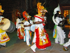 We only caught a small glimpse of how much fun the Junkanoo can be...we'd love to come back to see more!