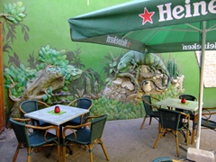 Iguana cafe; Punda