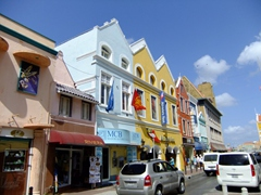Shopping opportunities in Punda abound