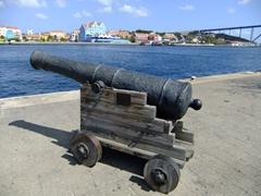 Old cannon pointing towards Otrobanda