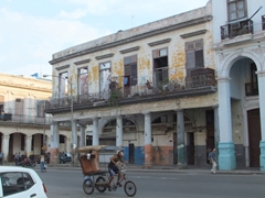 Typical street scene in old Havana