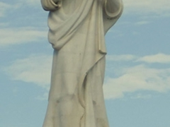 A massive statue of Christ on the outskirts of El Morro