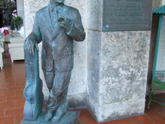 Statue of Compay Seguno (Maximo Francisco Repilado Munoz), a famous Cuban Trova guitarist, singer and composer; Hotel National de Cuba