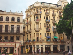 Corner apartments have a prime location in Central Havana