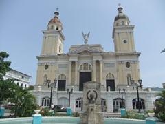 Catedral de Nuestra Senora de la Asuncion; Parque Cespedes