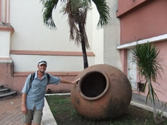 Robby stands next to one of Camaguey's many tinajons (large earthernware jars used to store rainwater for houses...a distinguishing feature of Camaguey)