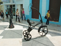 Interesting sculptures on General Garcia street; Bayamo