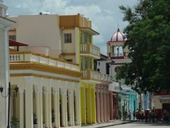 Buildings lining Parque Cespedes; Bayamo
