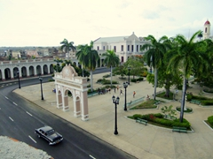 Overlooking the Arco de Triunfo (the only one in Cuba); Plaza Marti