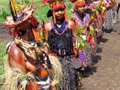 A local Goroka women-only tribe