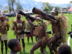 This group was a favorite with the Goroka crowd