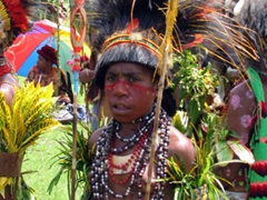 Young tribe member prepares for the next performance; Goroka Highland show