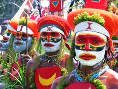 The very colorful Mount Hagen tribe