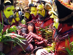 Huli wigmen singing their traditional chant